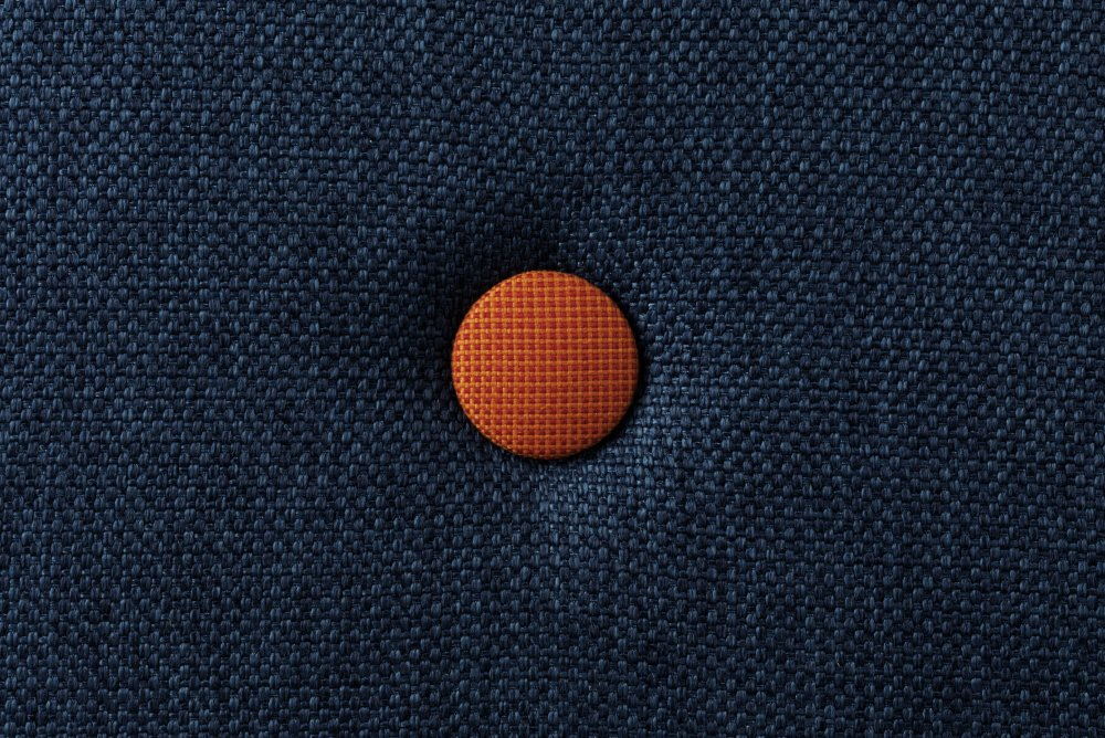 by KlipKlap Darkblue w. orange button